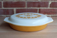 Corning Inc. (New York, USA) Pyrex Butterfly Gold 1 Quart Divided Casserole Dish with Lid