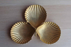 WMP Ikora (Germany) Clamshell Shaped 24 Karat Goldplate Divided Dish