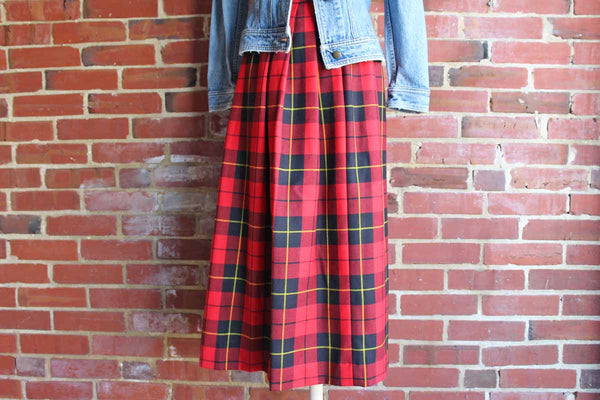 Land's End (Wisconsin, USA) Long 6-Panel Gored Red Plaid Wool Skirt