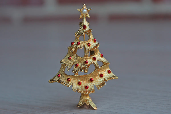 Gerry's Creations (USA) Gold Christmas Tree Brooch with Red Painted Lights