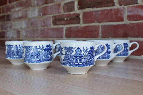 Churchill (England) Porcelain Blue Willow Coffee Cups, 6 Pieces