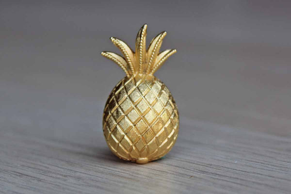 Trifari (USA) Gold Tone Pinepple Lapel Pin