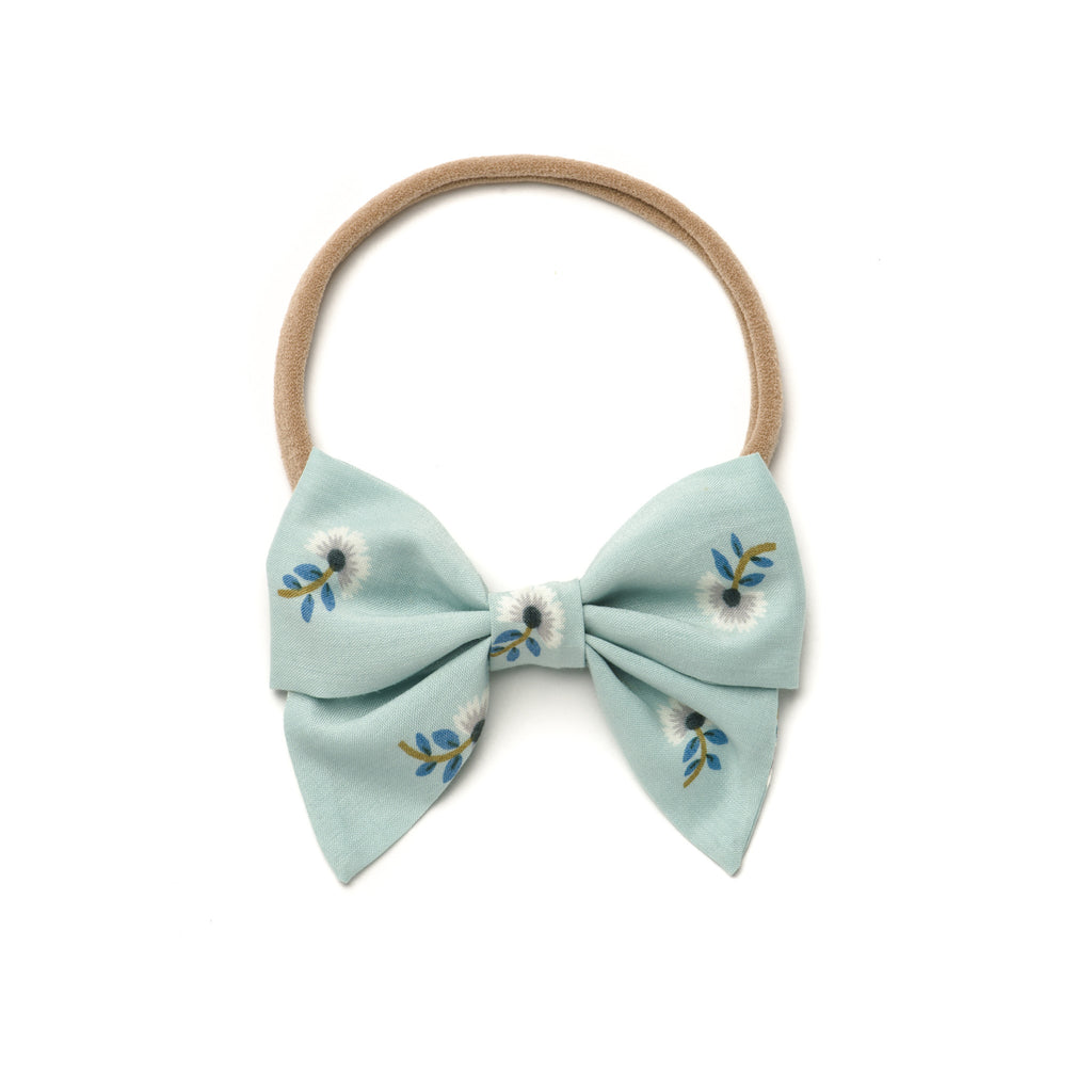 "Free Babes Mini Sailor Bows - ""The Wren"" Bow"