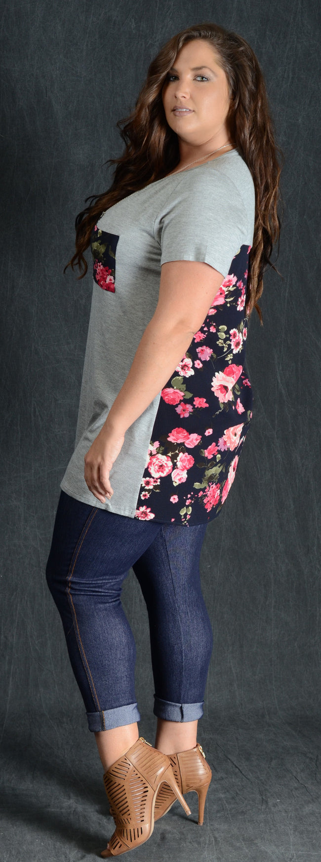Grey Floral Back Pocket Tee - www.mycurvystore.com - Curvy Boutique