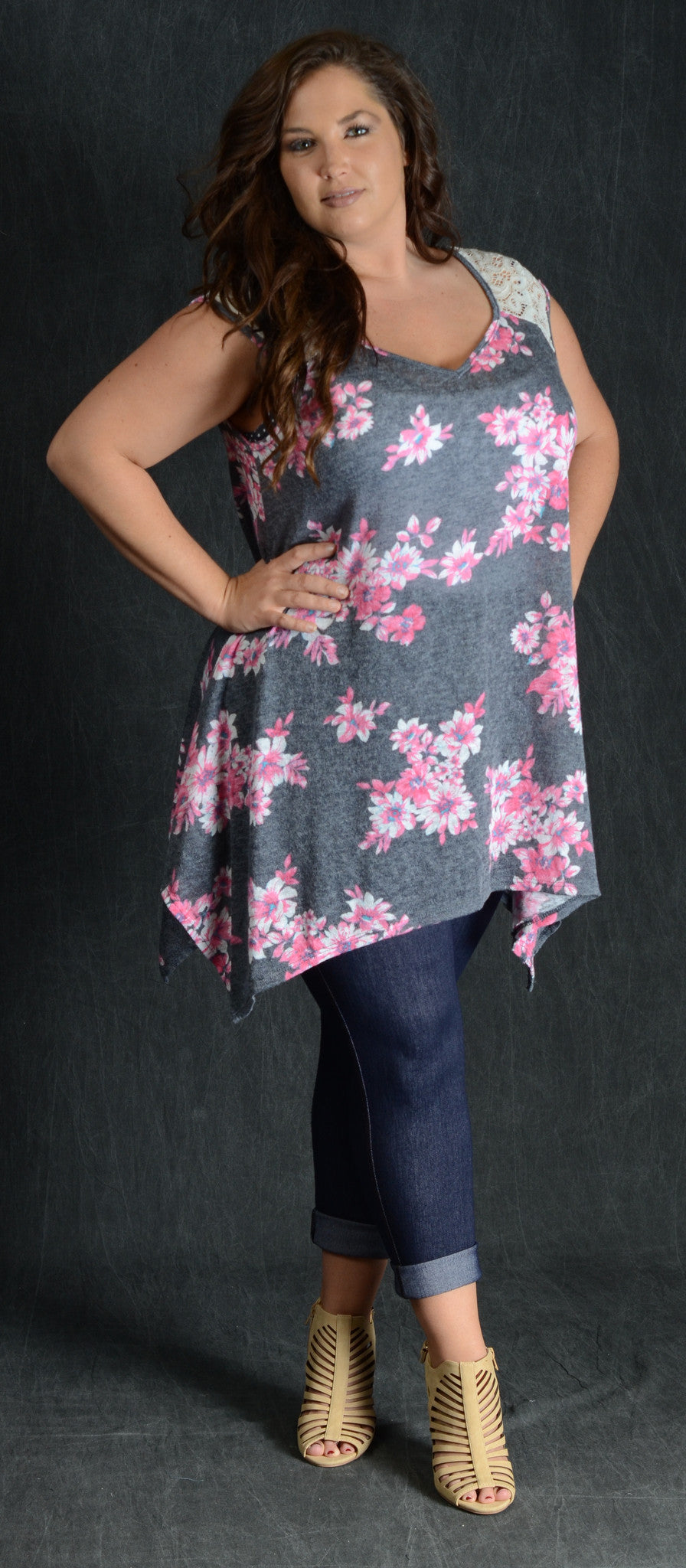 Pink & Grey Floral Top - www.mycurvystore.com - Curvy Boutique - Plus Size