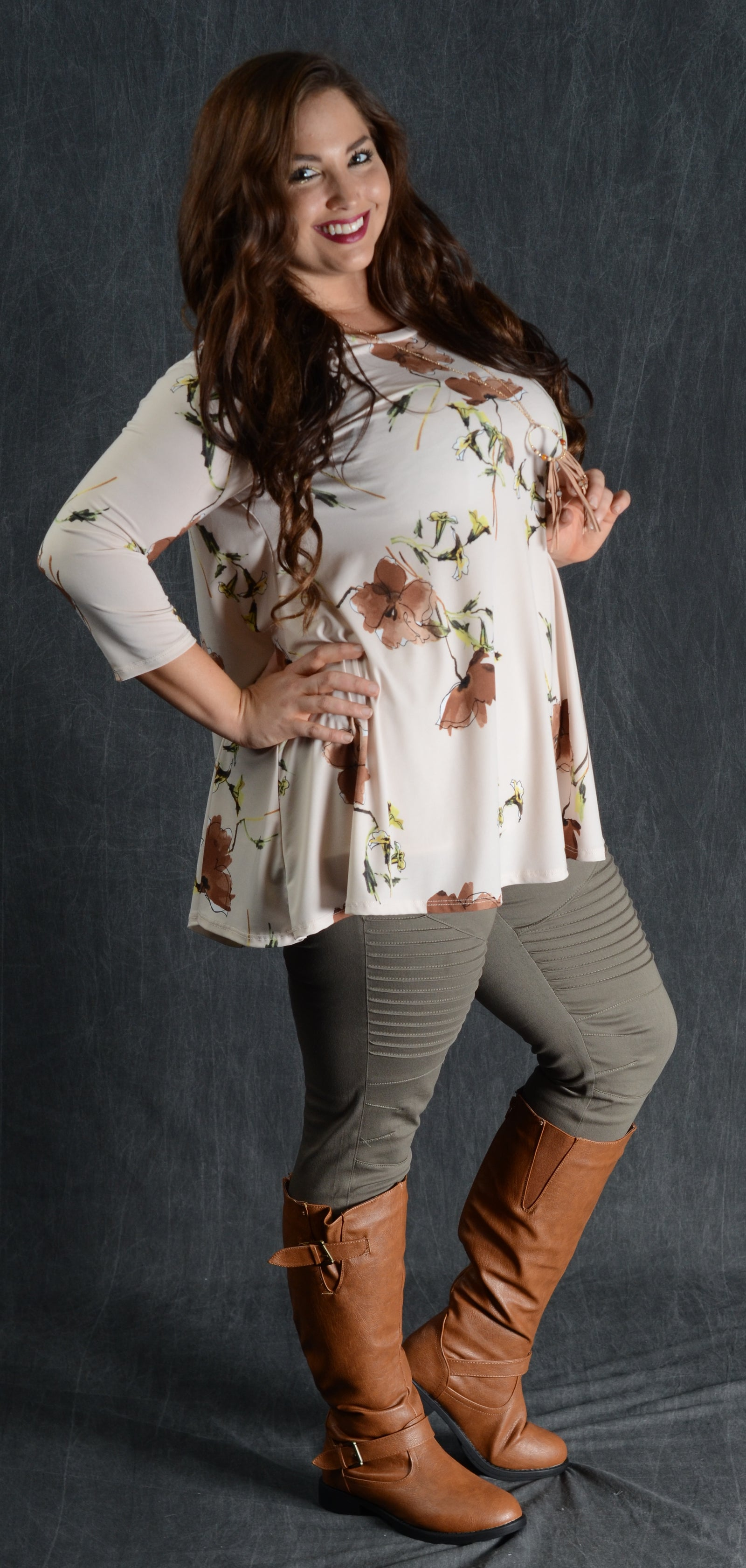 Ivory & Taupe Floral Top - www.mycurvystore.com - Curvy Boutique - Plus Size