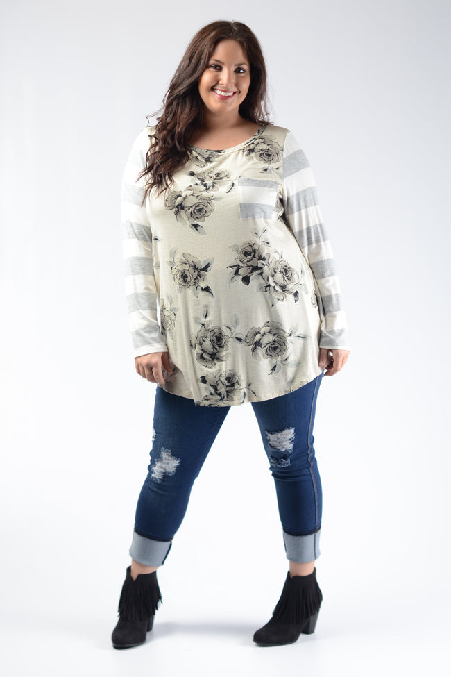 Black & White Floral Top - www.mycurvystore.com - Curvy Boutique - Plus Size