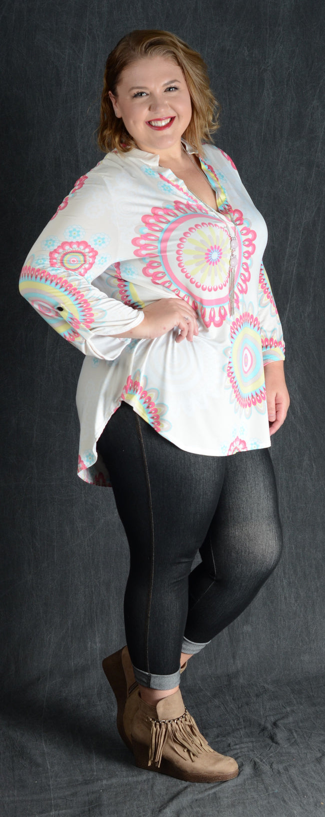 Ivory Geometric V-Neck Top - www.mycurvystore.com - Curvy Boutique - Plus Size