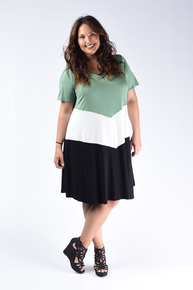 Clover Color Block Dress - www.mycurvystore.com - Curvy Boutique - Plus Size