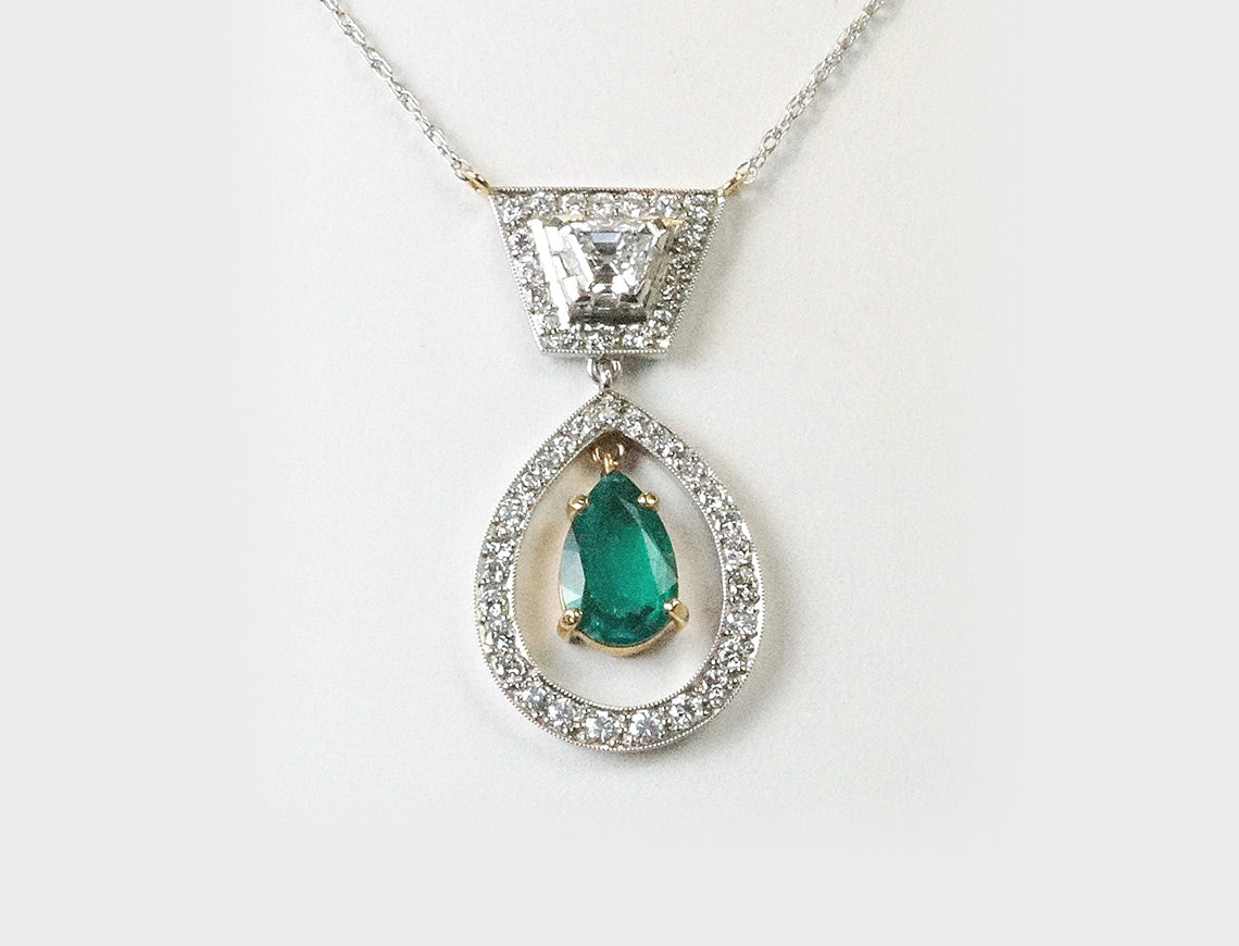 Elegant emerald and diamond pendant