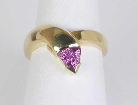 Contemporary pink tourmaline ring