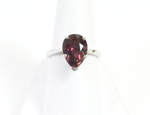 Pear-shaped tourmaline ring