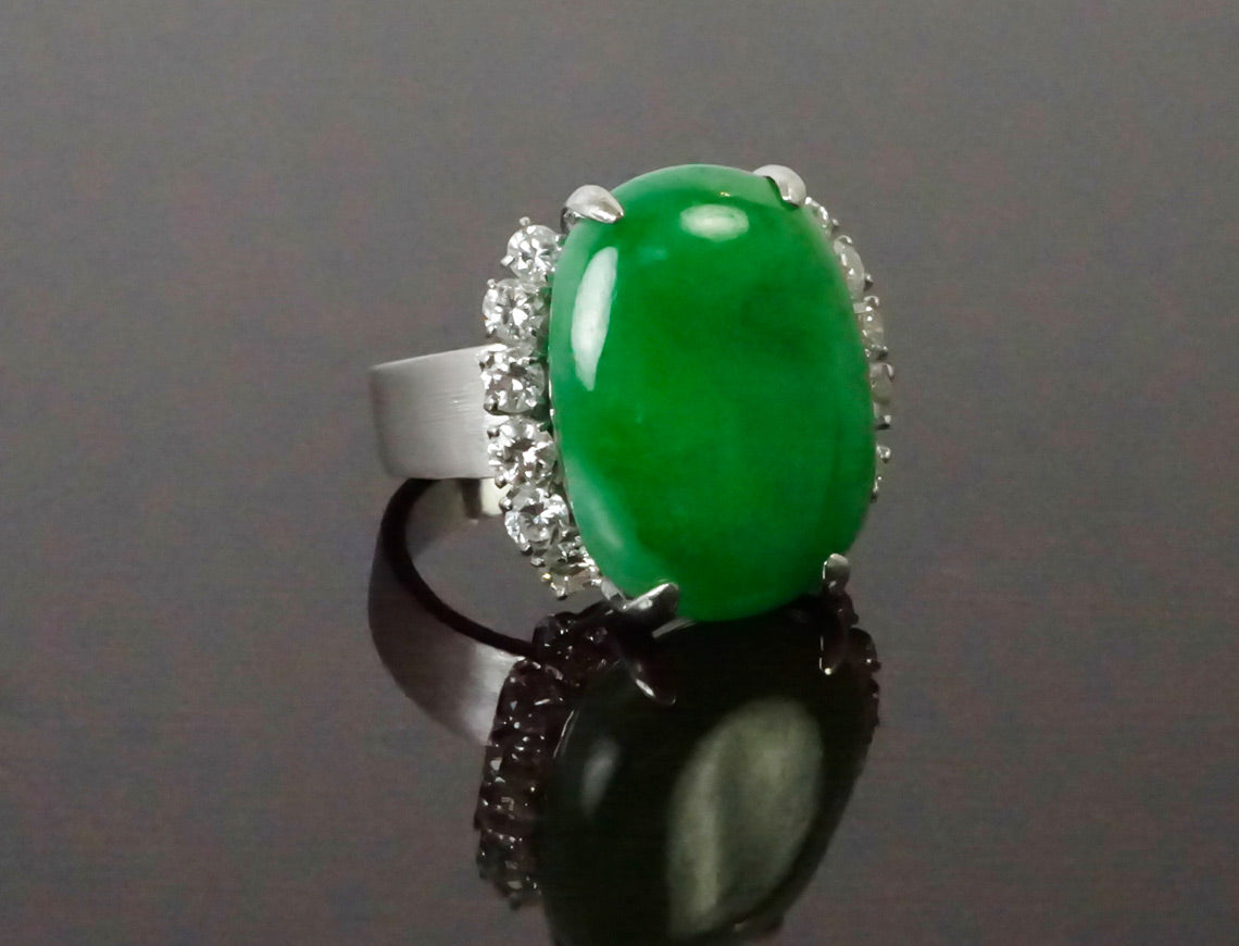 Natural jadeite jade and diamond ring