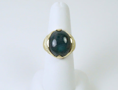 Custom-made ring in bloodstone and diamonds