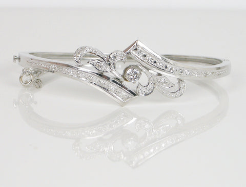 Elegant diamond bangle