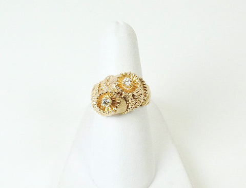 Unique gold and diamond ring