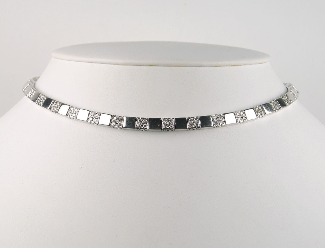 Tailored diamond choker