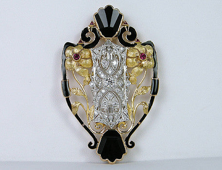 Unusual platinum and gold pendant/brooch