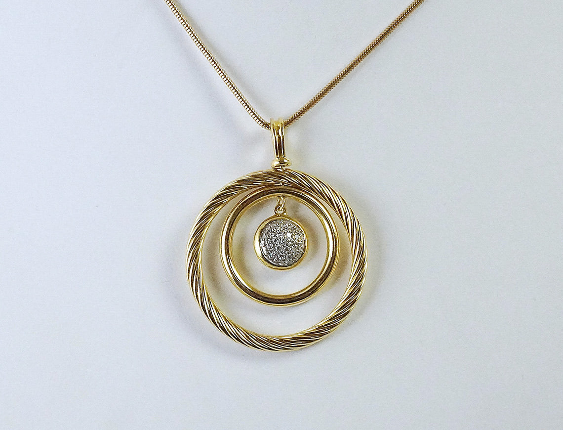 David Yurman circle pendant