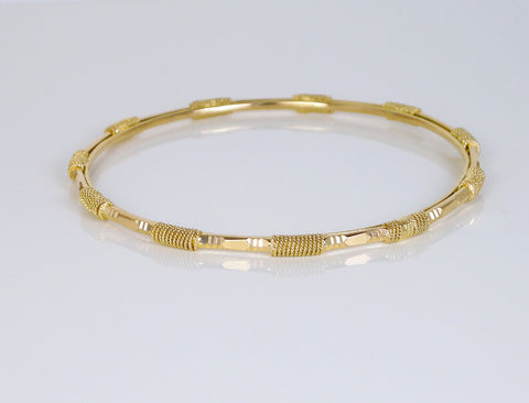 22K slipover bangle