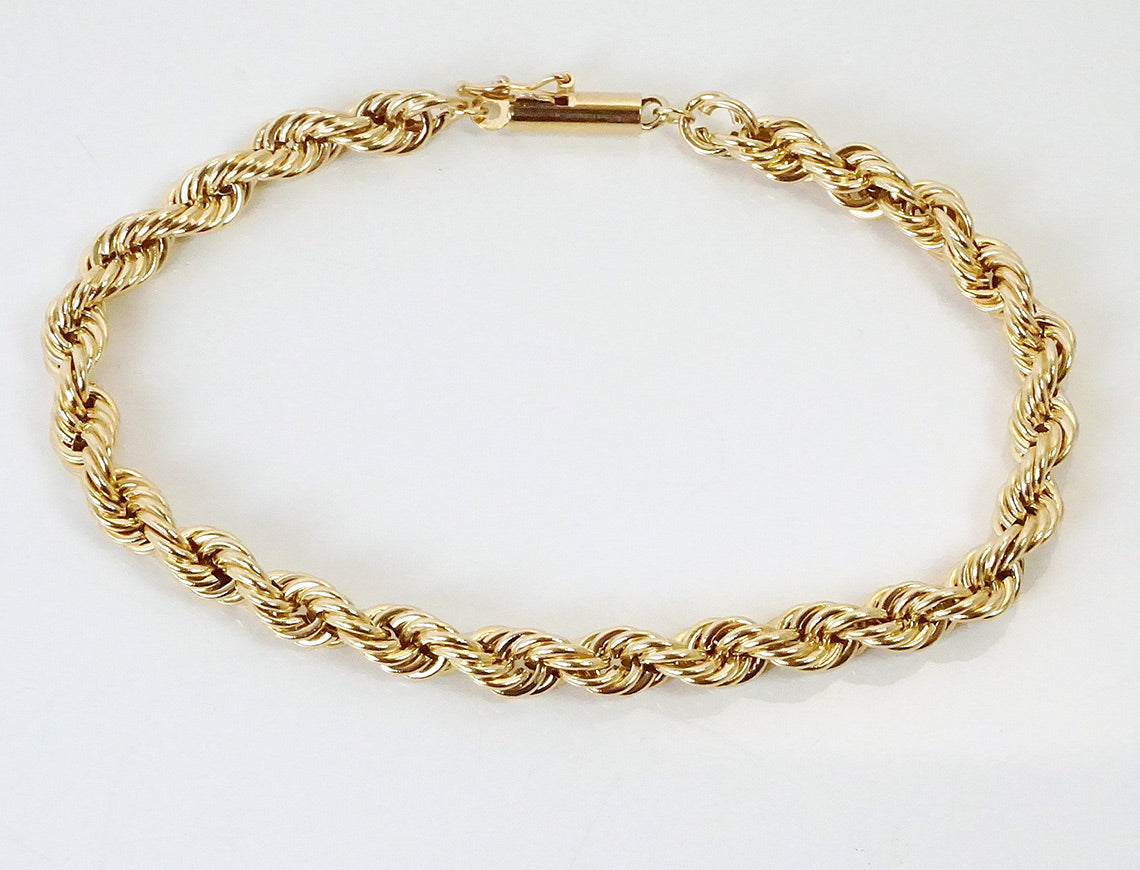 Hollow rope bracelet