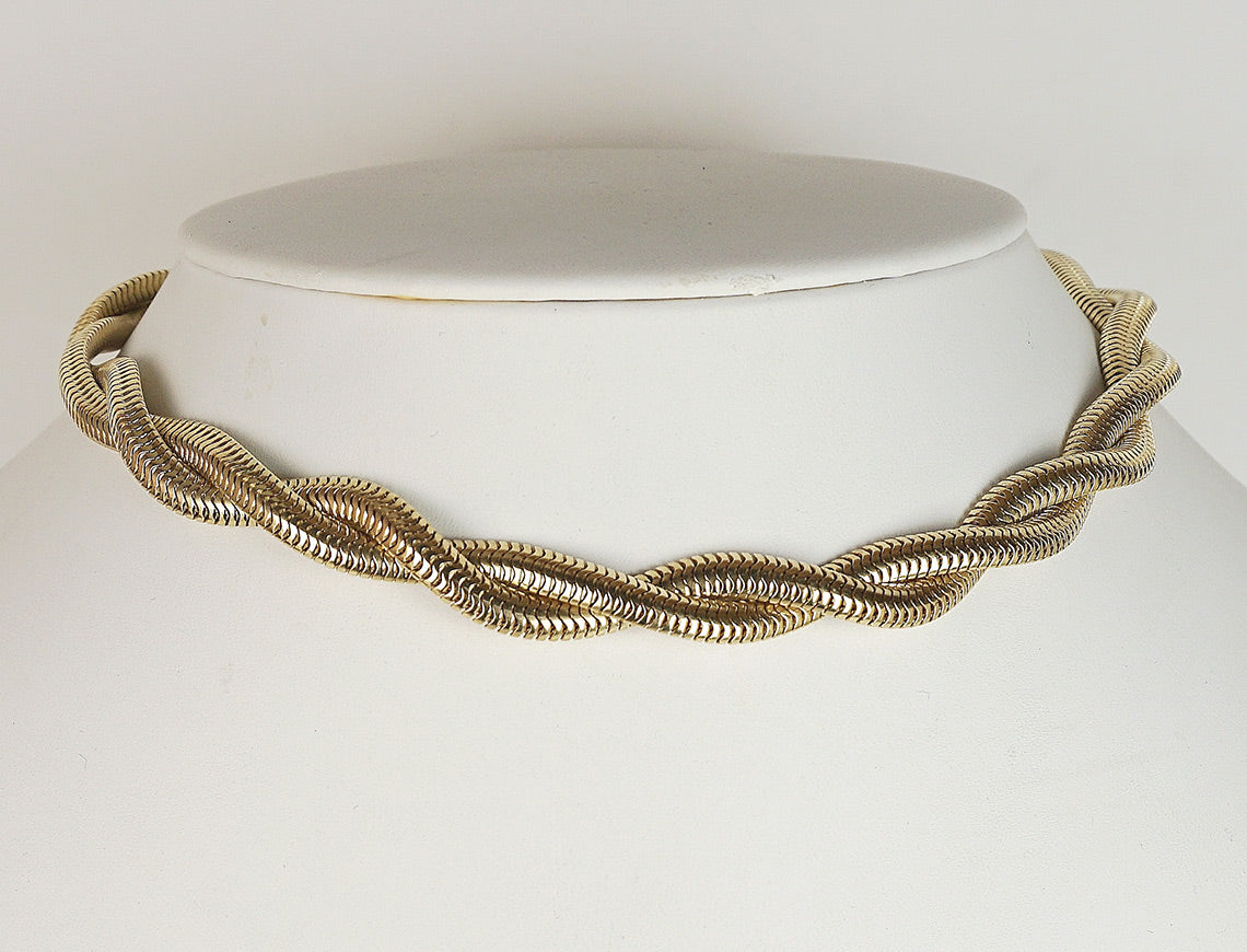 Retro double snake choker