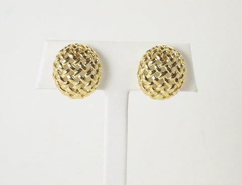 Basketweave clips