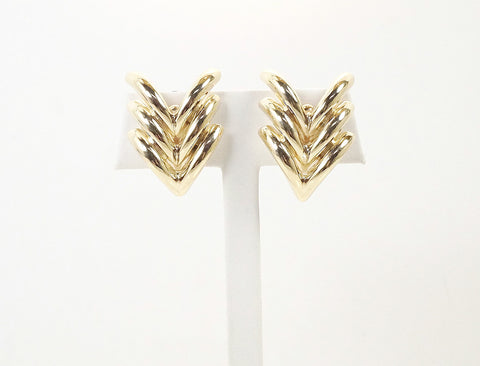 Polished chevron earrings