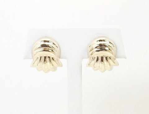 Ribbed domed earrings