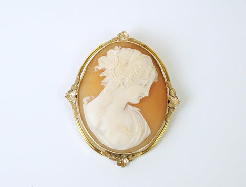 Cameo in gold frame