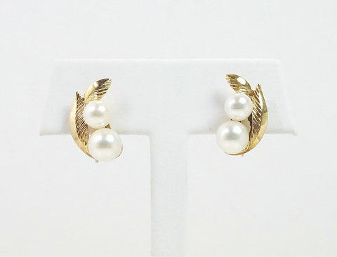 Non-pierced pearl earrings
