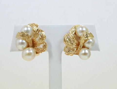 Clipback pearl earrings