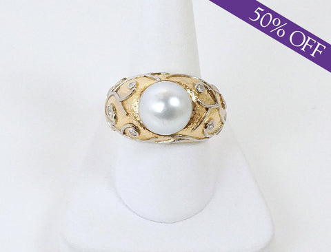Unique pearl and diamond ring