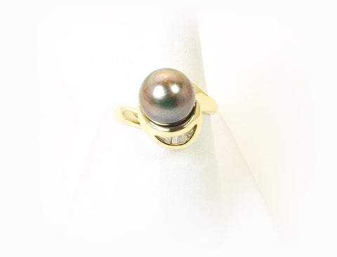 Tahitian pearl and diamonds