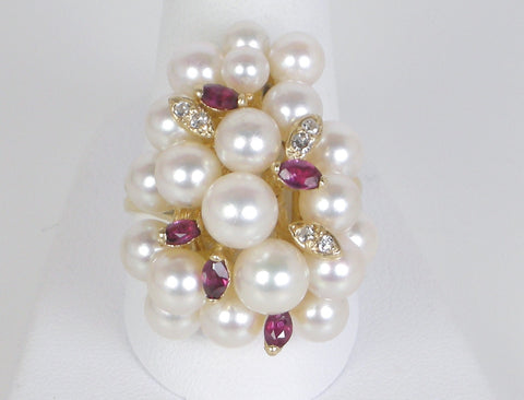 Pearl cluster with rubies