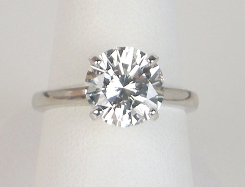 2.74 carat F SI2 diamond solitaire