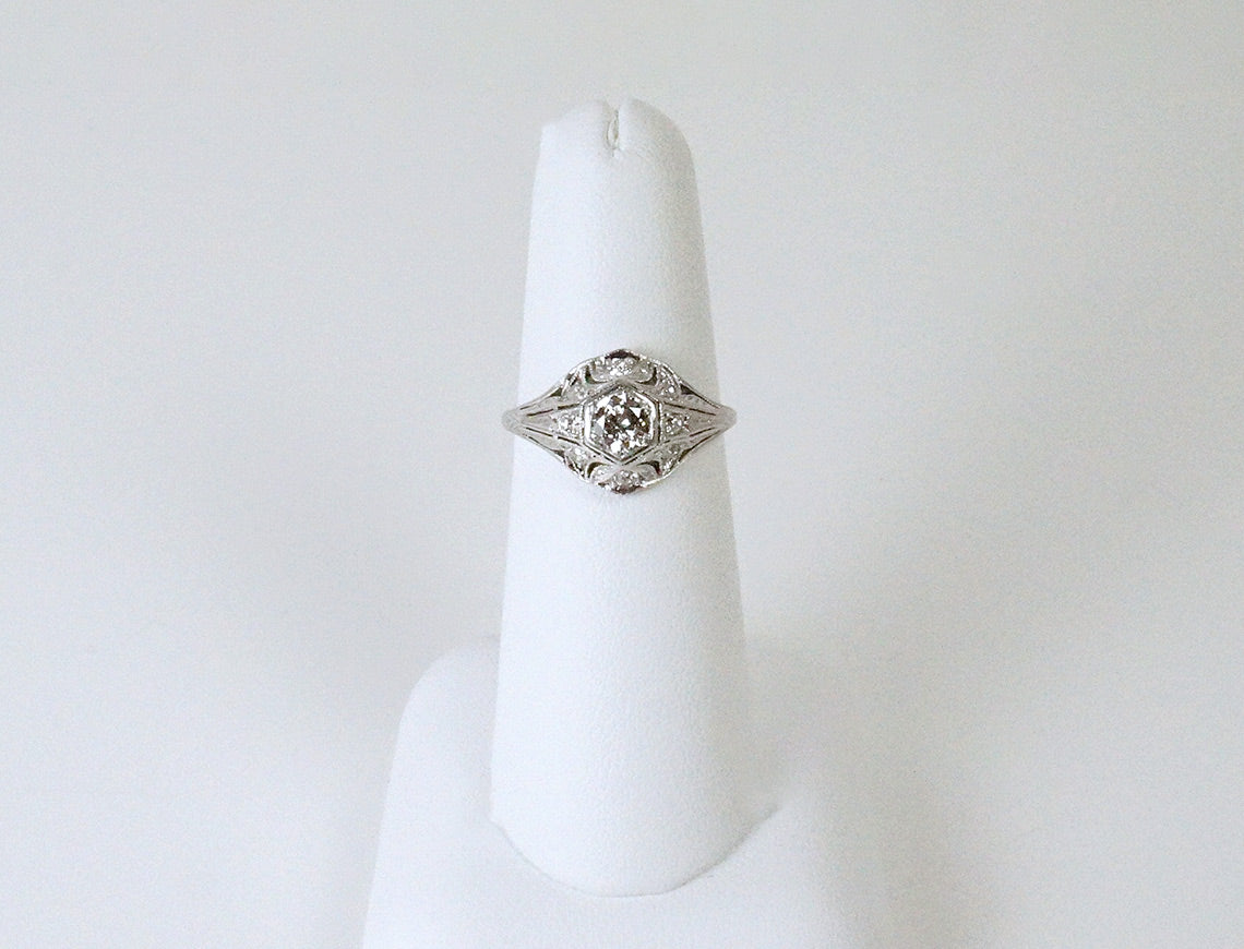 Filigree Edwardian platinum ring