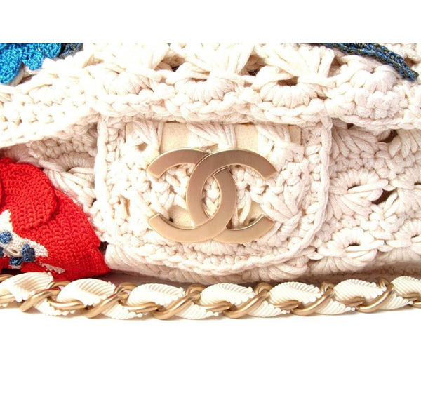 Chanel Crocheted Knit Camelllia Runway Bag New Detail