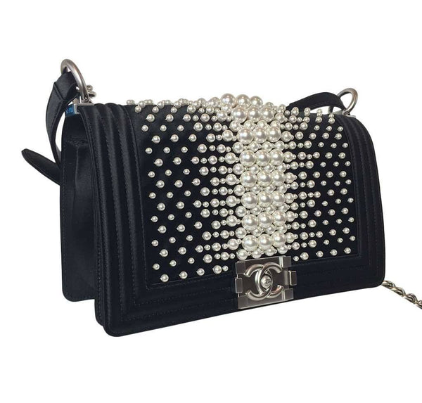 Chanel pearl boy bag limited edition new side