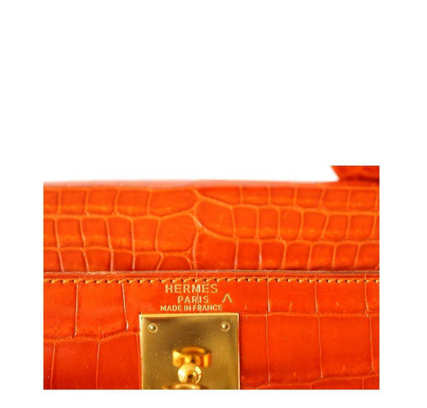 Hermes Kelly 32 Crocodile Used Embossing