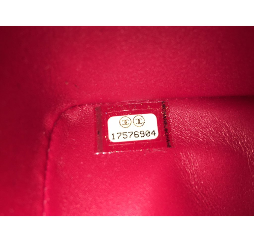 31738ad6e830 ... Chanel Red Jumbo Flap 2.55 Shiny Alligator Bag Excellent Serial Number
