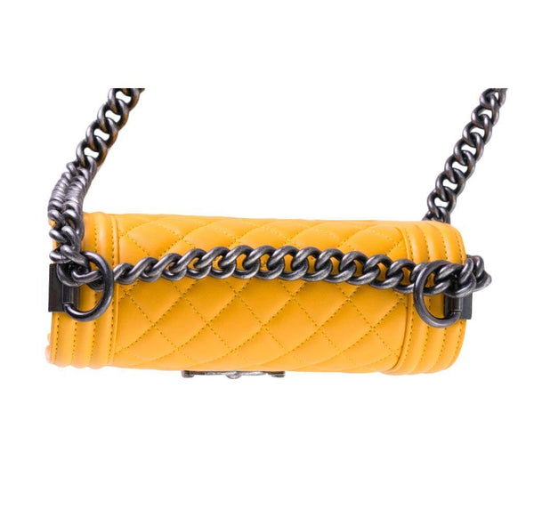 chanel boy flap bag yellow used detail