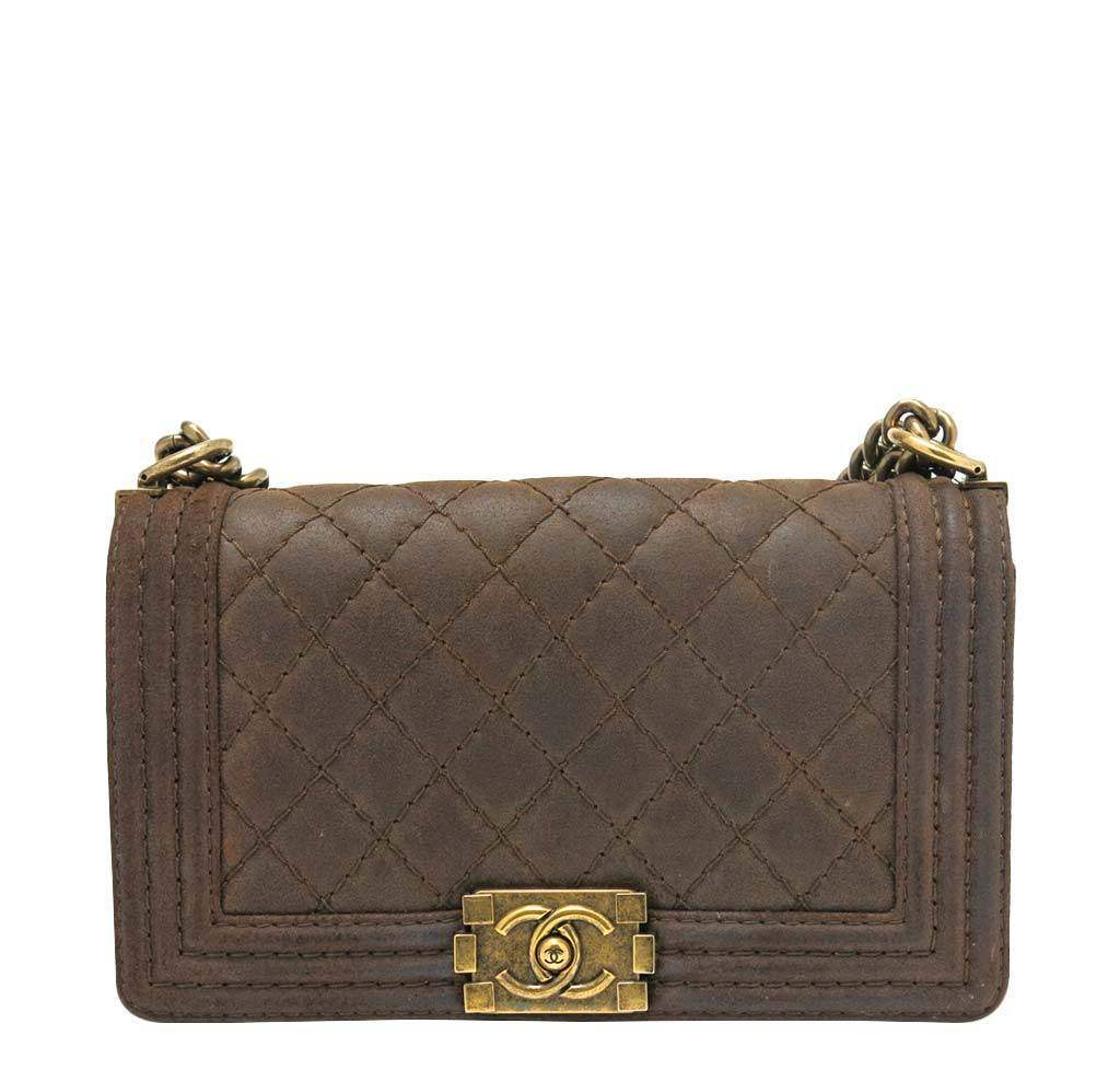588d3dbc3d267d Chanel Boy Flap Bag Brown - Quilted Leather | Baghunter