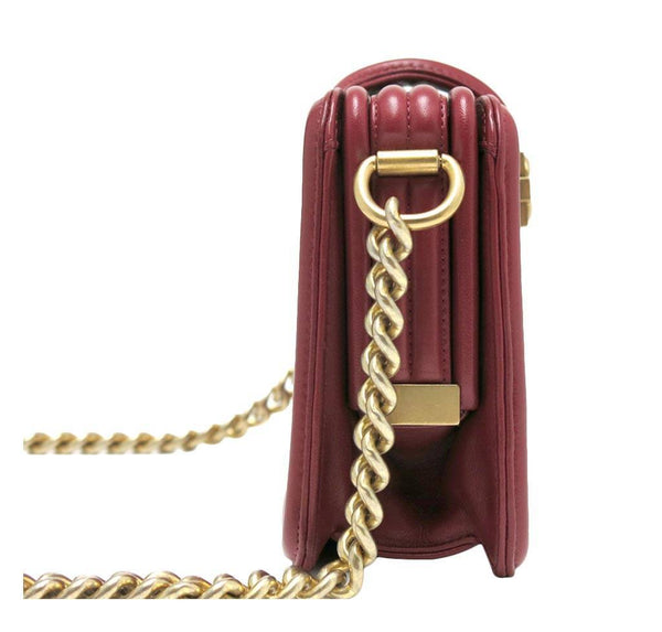 chanel stingray shoulder bag burgundy used side