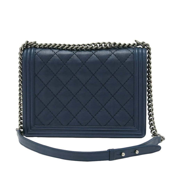 chanel boy flap bag navy used back