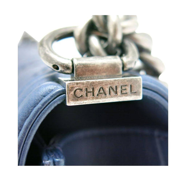 chanel boy flap bag navy used detail