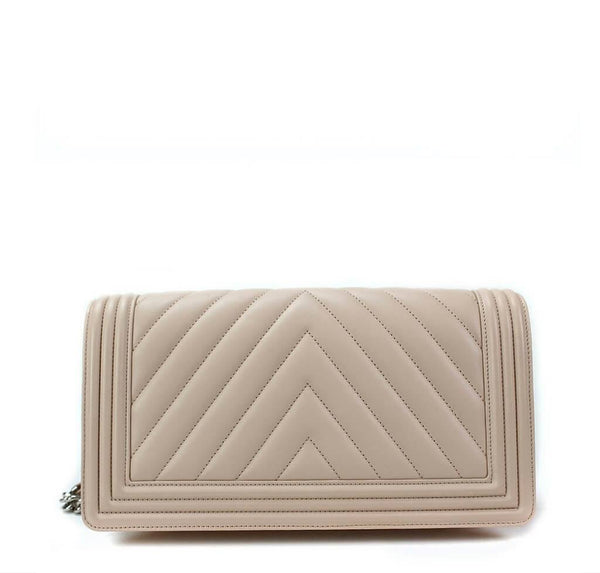 chanel boy flap bag light beige used back