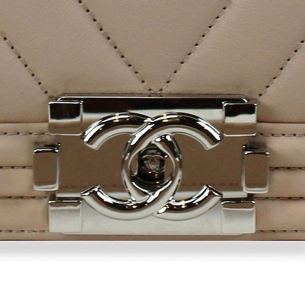 chanel boy flap bag light beige used detail