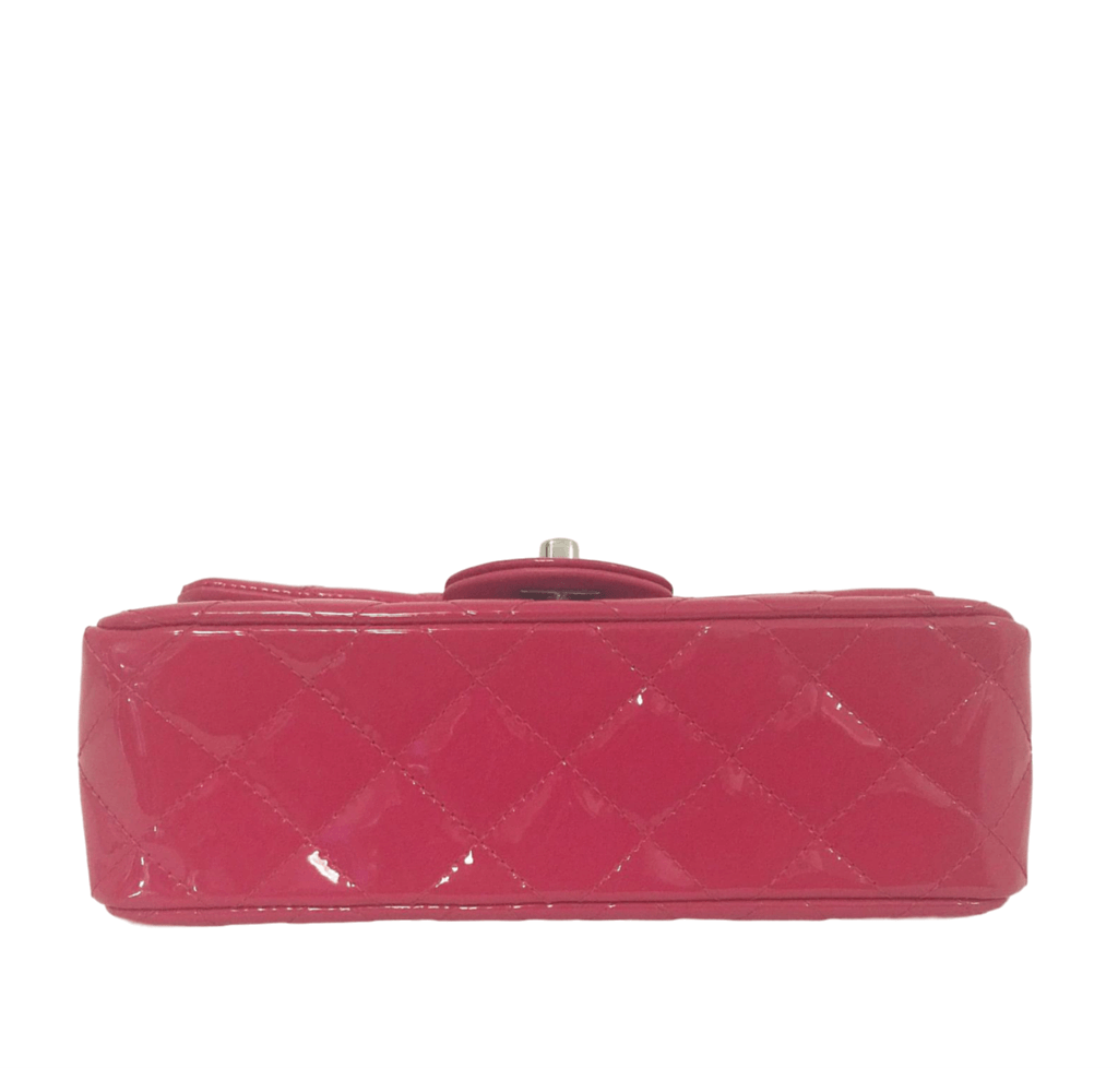 e18ab907662019 Chanel Classic Flap Mini Bag Fuschia - Patent Leather | Baghunter