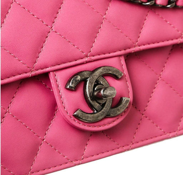 chanel crossing times bag pink used detail